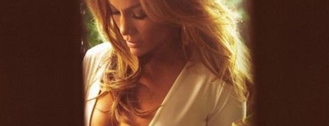 H-JLo-επιβεβαιώνει-τις-φήμες-που-τη-θέλουν-να-πίνει-αίμα-Celebrities-Ladylike.gr_-650x250
